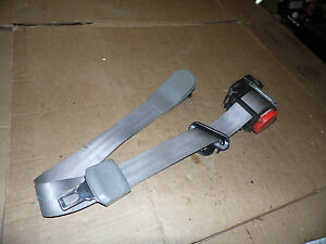 Oem 1995 Chevy Suburban Gray Rear Middle Seat Belt Retractor Assembly Roller