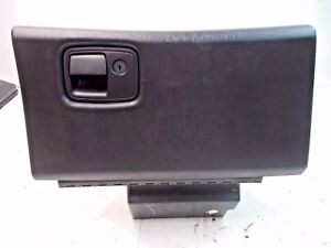 Oem 00 05 Chevy Monte Carlo Passenger S Side Dashboard Glovebox Assembly Black
