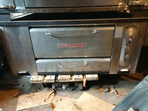 Blodgett Pizza Oven 1000 With Good Stones