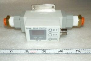 Flow Switch Smc Pf2a751 n04 27 If Pfa With Tubing Fittings 50 500 L