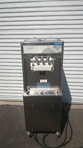 Taylor 794 27 Soft Serve Ice Cream Machine Water cooled 208v 1 phase