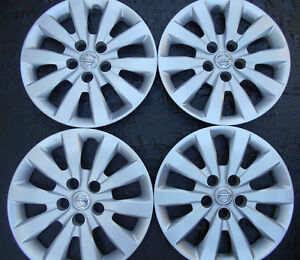 Four 16 2013 2018 Nissan Sentra Oem Hubcaps Wheel Covers
