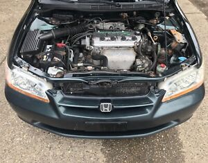1998 1999 2000 2001 2002 Honda Accord Oem Headlights Alot More Plz Read