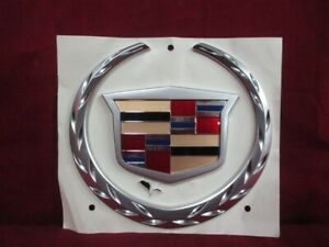Nos Oem Cadillac Escalade Ext End Gate Emblem 2002