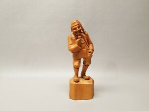 Vintage Wooden Wood Carved Figure Man With Pipe 6