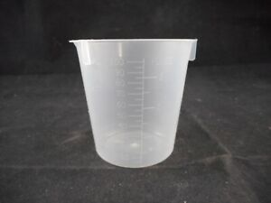 Laboratory Plastic 100ml Griffin Low form Beaker With Spout Graduated 1 pack