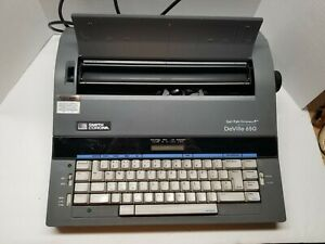 Smith Corona Deville 650 Memory Typewriter Working With Extras