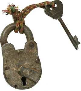 Primitive Vintage Looking Key And Lock Rustic Farmhouse Barn Industrial