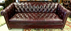 Hancock Moore Burgundy Tufted Leather Red Chesterfield Sofa W Hid A Bed
