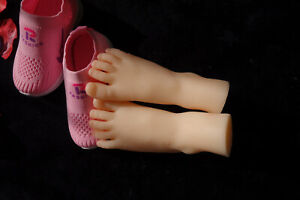 New Luxury 1pair Children s Realistic Silicone Soft Mannequin Foot Model Size 19