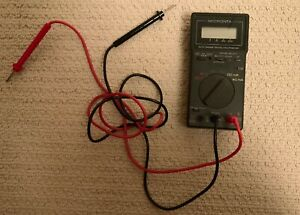 Micronta Model 22 184 Auto range Digital Multimeter Vintage