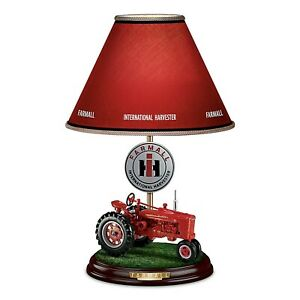 Farmall Heritage Table Lamp W Fully Sculpted Model h Tractor International