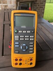 Fluke 724 Temperature Calibrator With Leads Free Shipping