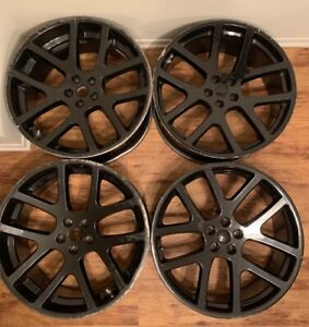 22 Inch Srt 22x9 Front And 22x10 Rear Rims Have Some Curb Rash Gloss Black