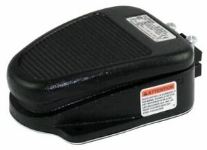 Linemaster 632 s Clipper Foot Switch Electrical Single Pedal Momentary