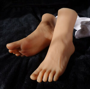New Luxury 1pair Male Realistic Silicone Lifelike Soft Mannequin Foot Men Model