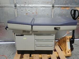 Midmark Ritter 404 Exam Table W Drawers Stirrups