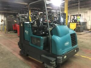 2010 Tennant M20 Sweeper Scrubber 3960 Hours