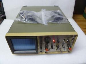 Hitachi V 212 20mhz Two Channel Oscilloscope With 2 Probes