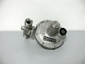 Fisher Y695a Ss Pressure Reducing Regulator 150psig 10 26 Wc 2 Od Tri clamp