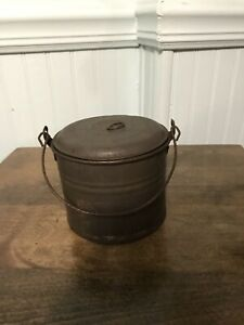 Antique Child S Tin Berry Bucket Lunch Pail Small Size 3 X 4 Primitive Tinware