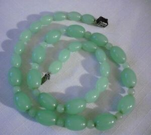Vintage 22 Oblong Bead Jade Necklace With Sterling Silver Amethyst Clasp