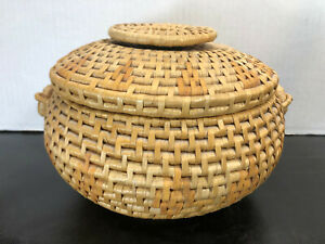 Vintage Chinese Sewing Basket With Lid Hand Woven Basket Natural 10 5 X6