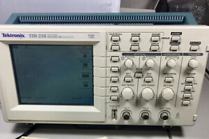 Tektronix Tds 210 Digital Real time Oscilloscope 60mhz 1gs s User Manual cables