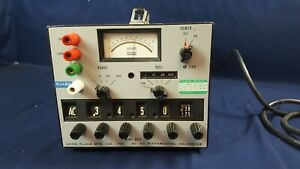 Fluke Model 883a Ac dc Differential Voltmeter Powers Up 3 day Refund
