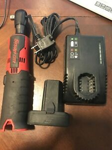 Snap On Tools 14 4v 3 8 Ratchet Lithium Ion Drill Driver Set Kit Red Ctr761c Led