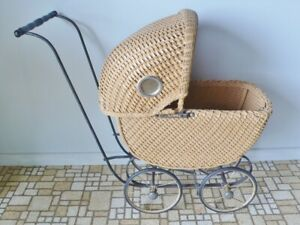 Antique Doll Size Wicker Baby Stroller Buggy Carriage 24 High 26 Long Unique