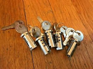 Vending Machine Lot 5 Locks And Keys Fits Most Bulk Gumball Candy Nut Oak