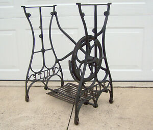 Antique White Usa Treadle Sewing Machine Cast Iron Base Stand Table Clean
