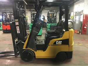2013 Cat 3500 Lb Forklift With Side Shift And Triple Mast