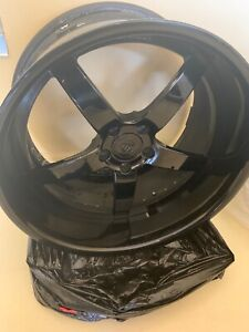 Strass Rims Deep Dish Black Gloss