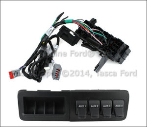 New Oem In Dash Upfitter Switch Kit 2011 15 Ford F250 F350 F450 F550 Super Duty