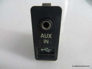 61319129651 07 10 Mini Cooper Aux Audio Jack Usb Mp3 Input R55 R56 R57