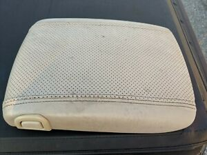 2003 2006 Cadilac Escalade Center Console Lid Arm Rest Bone Off White