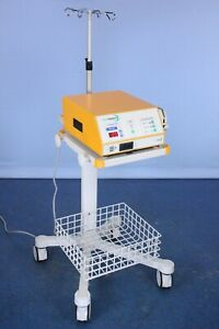 Salient Aquamantys 40 402 1 Electrosurgical Unit Esu With Stand And Warranty
