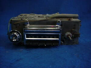 60 1960 Olds Oldsmobile Delco Push Button Am Radio Plays Great