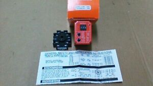 Tmm 0999m 461 Timing Relay 05sec To 0999min 120vac Coil Base Included