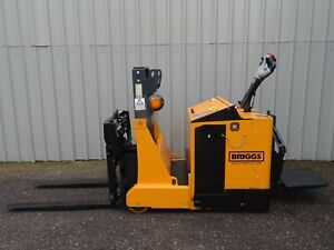 Robur 800kgs Used Electric Stacker Pallet Forklift Truck 2575