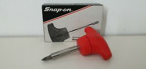 Snap On 3 15 16 T handle Ratcheting Magnetic Stubby Red Screwdriver