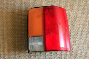 Ford Festiva 88 92 Tail Light Passenger Rh Right W Nuts