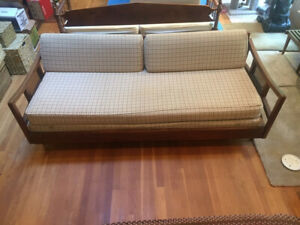 Mid Century Modern Furniture Sofa With Trundle