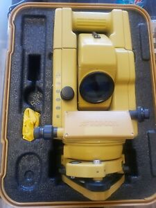 Topcon Gts 304 Total Station Transit W Case charger Battery Extra Battery