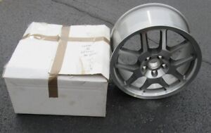 2007 09 Nos Shelby Gt500 18 X 9 5 Aluminum Wheel