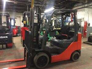2013 Toyota 5000 Lb Forklift With Side Shift And Triple Mast
