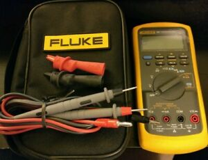 Lightly Used Fluke 787 With Fluke Leads Alligator Clips And Carry Case