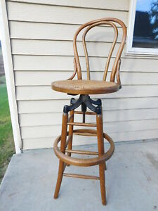 Antique Oak Bentwood Thonet Style Drafting Shop Counter Stool Cast Iron Works